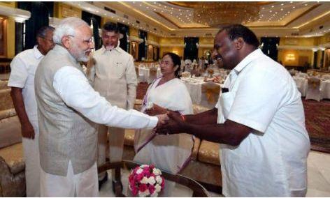 नीति आयोग की बैठक में PM मोदी से बोले चार CM- दिल्ली का मामला सुलझाएं
