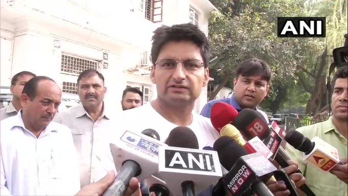 भाजपा का समर्थन करने वाले निर्दलीय विधायकों को जनता जूते से मारेगी: दीपेंद्र हुड्डा