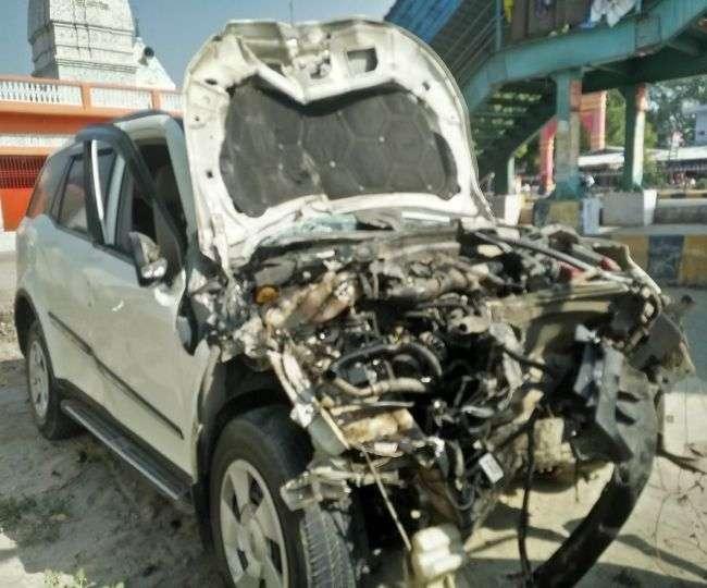 मार्ग दुर्घटना में तीन की मौत, एयरबैग खुलने से चार की जान बची