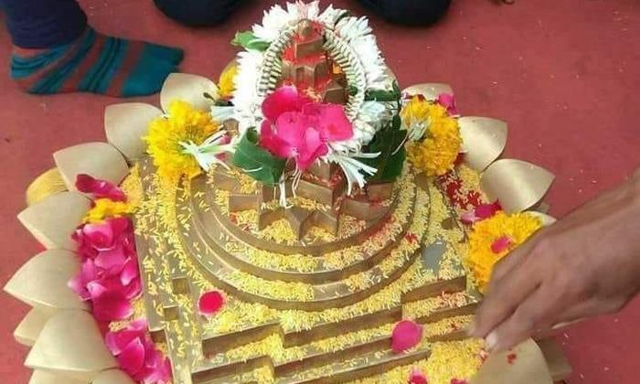 श्री यन्त्र और श्री विद्या त्रिपुर सुंदरी:-  (प्रेम शंकर मिश्र)