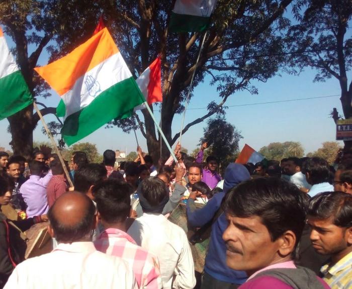 मध्य प्रदेश उपचुनाव : संवेदनशील मुद्दे और कांग्रेस