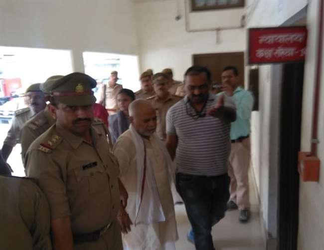 छात्रा से दुष्कर्म के आरोप में पूर्व केंद्रीय मंत्री गिरफ्तार, कोर्ट में होंगे पेश