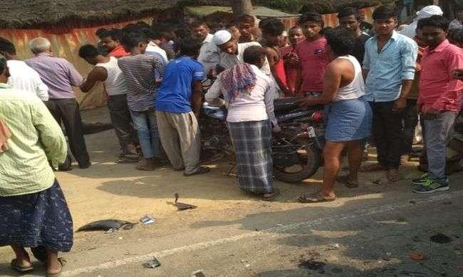 संतकबीर नगर में ट्रक ने मोटरसाइकिल सवार को रौंदा, दो सगे भाइयों की मौत