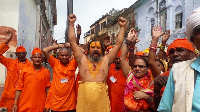 एमपी के सैकड़ो राम भक्तों ने किया परमहँसदास का स्वागत, अयोध्या में दर्शन पूजन कर राम मंदिर निर्माण जल्द हो की कामना