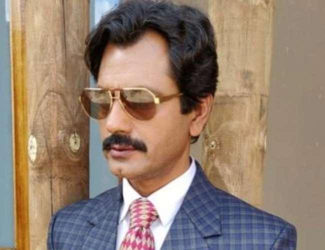 नवाज़उद्दीन सिद्दीक़ी को पत्नी ने व्हॉट्स एप पर भेजा तलाक़ का नोटिस, लगाये गंभीर आरोप