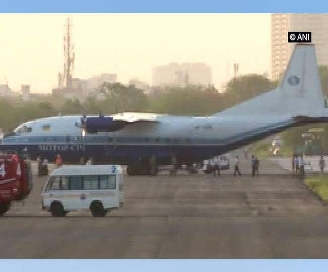 पाकिस्तान से आए संदिग्ध विमान को एयर फोर्स के फाइटर जेट्स ने घेर कर जयपुर एयरपोर्ट पर उतार लिया, जांच के बाद छोड़ा गया