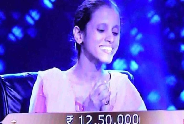 उन्नाव की दिव्यांग बेटी नूपुर ने केबीसी में जीते 12.50 लाख, बोलीं- जीत की रकम से बनवाएंगी अपना घर