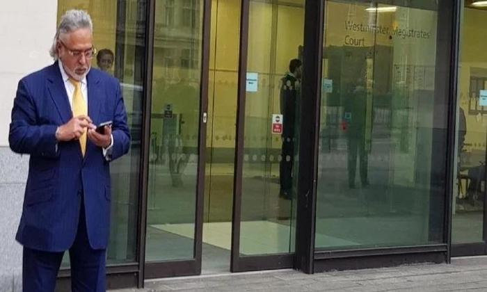 भगोड़ा विजय माल्या पहुंचा लंदन कोर्ट, भारत में प्रत्यर्पण पर हो रही है सुनवाई