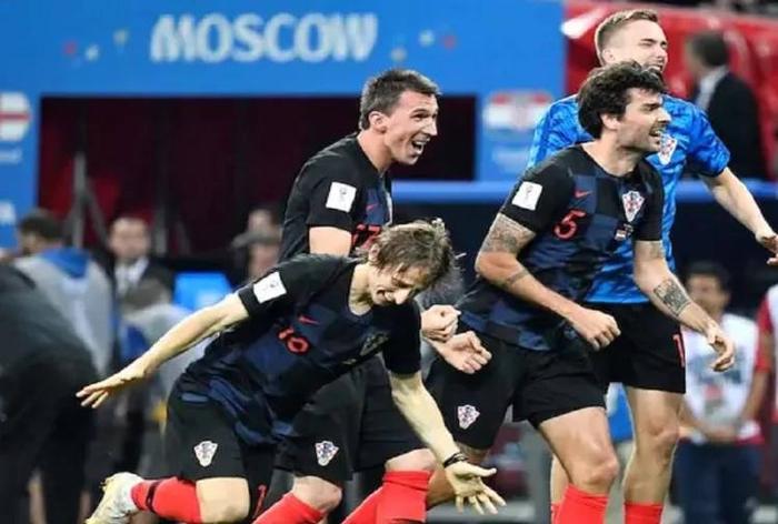 क्रोएशिया ने रचा इतिहास, इंग्लैंड को हराकर पहली बार  फीफा विश्व कप के फाइनल में पहुंचा