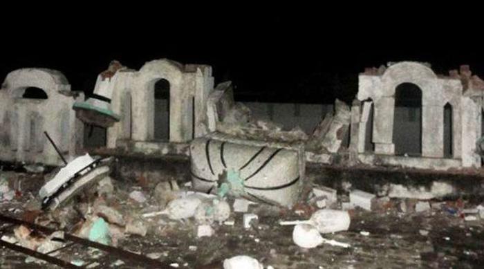 पाकिस्तान में अल्पसंख्यक अहमदिया मस्जिद को गिरा दिया गया