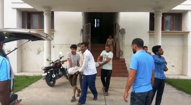 सैफई स्पोर्ट्स कॉलेज में नाबालिग छात्रा ने फांसी लगाकर की आत्महत्या