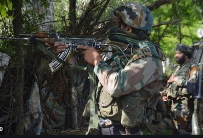 शोपियां में जारी मुठभेड़ में, 4 आतंकी मारे गए