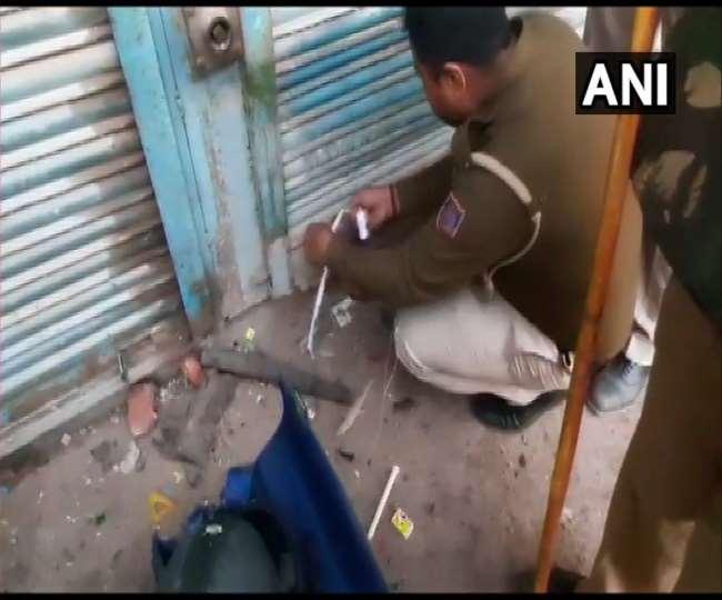 दिल्ली पुलिस ने सील किया AAP पार्षद ताहिर हुसैन का घर
