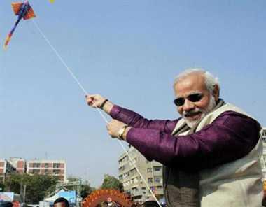 #आस्था_की_खिचड़ी प्रधानमंत्री मोदी ने पोंगल, माघ बिहू और मकर संक्रांति की शुभकामनाएं दी