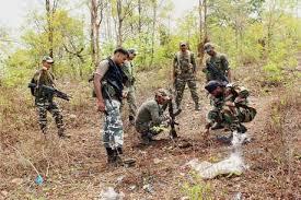 सेना के कैंप के पास आतंकियों ने किया आईईडी ब्लास्ट, मेजर और जवान शहीद