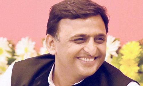 CM की चुनावी चुटकी: बताओ कोई गधे की भी विशेषता जानना चाहता है क्या?